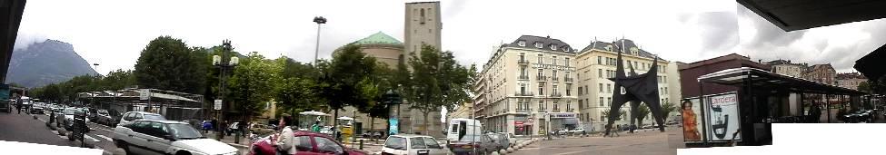 Grenobleグルノーブル 街を見下ろします。ナポレオンが凱旋し、ハンニバルの弟ハスドルバルが象と通過?した街