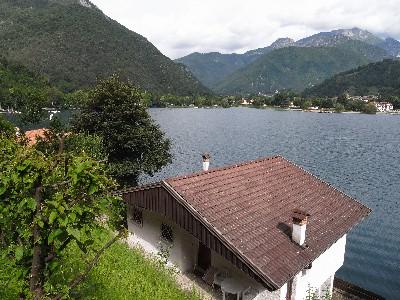 Ledroレドロ湖、Pieve di Ledro...
